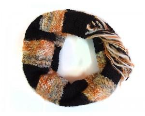 Ръчно плетен дамски зимен шал петрол и оранж Babini