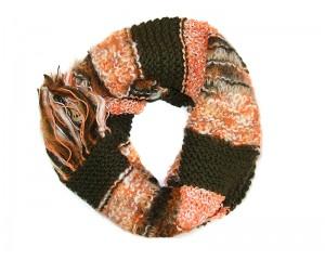 Ръчно плетен дамски зимен шал черно и оранж Babini