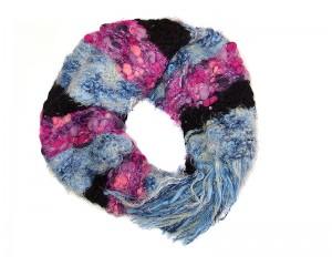 Ръчно плетен дамски зимен шал Babini