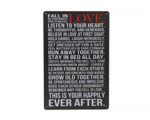 Стенна метална плоча с надпис за любовта