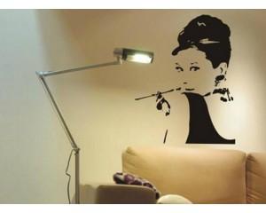 Декоративен стикер за стена Одри Хепбърн