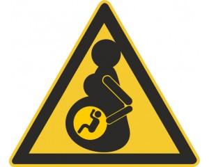 Стикер за автомобил - Бременна жена в колата