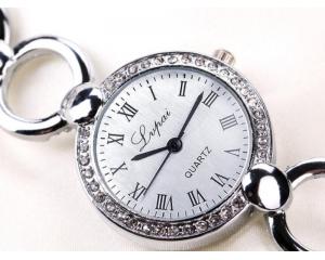 Елегантен дамски кварцов часовник LVPAI
